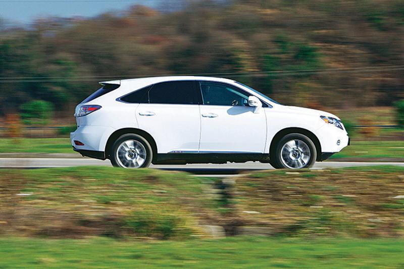 Comparativ VW Touareg Hybrid vs Lexus RX 450h - Cine ofera ...