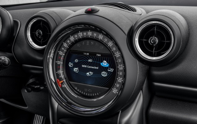 Noul_MINI_Countryman_medium_1600x1067 (18)