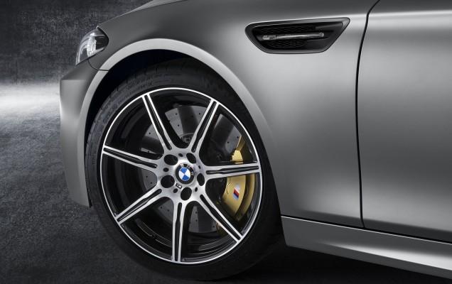 BMW_M5_30_Jahre_medium_1600x1068 (6)