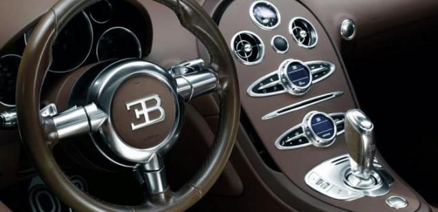 012_legend_ettore_bugatti_steering_wheel_centre_console