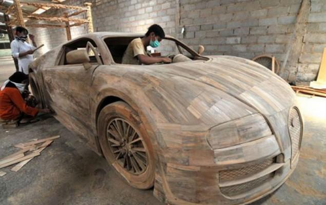 o replica din lemn a lui bugatti veyron costa de euro headline tiri auto bild. Black Bedroom Furniture Sets. Home Design Ideas