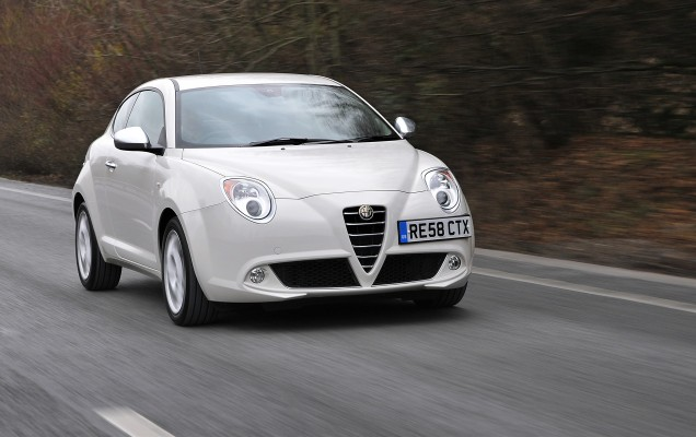 2009_Alfa_Romeo_MiTo_-_UK_version_030_9837