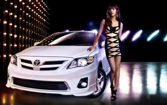 Girls___Beautyful_Girls_Japanese_woman_in_a_luxury_car_080877_