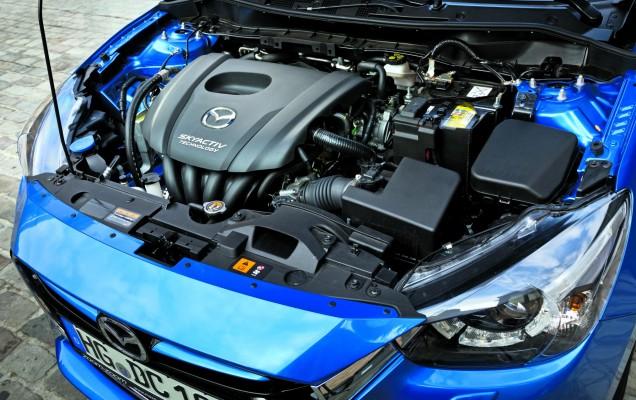 Mazda2 (6)