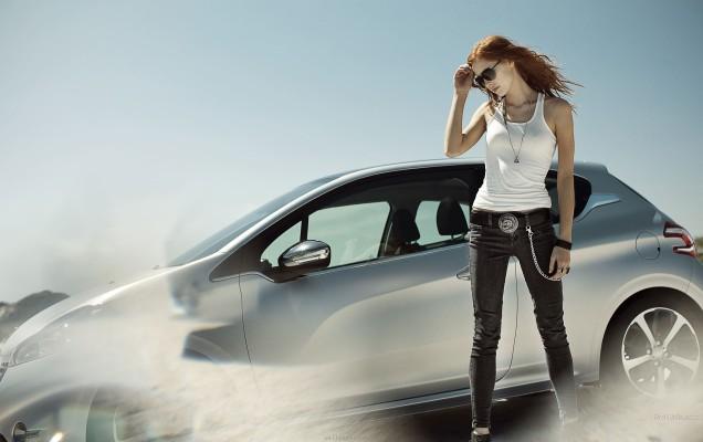 Peugeot-208-women-cars-glasses-wallpapersus-com