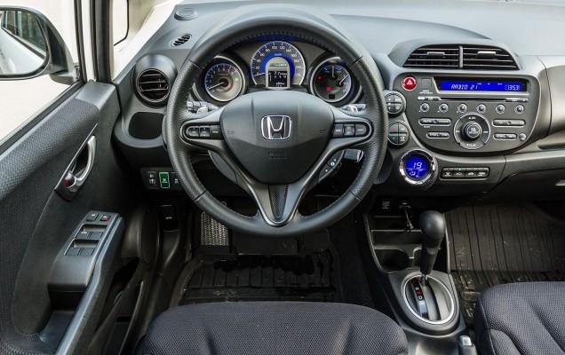 Honda Jazz Hybrid 8
