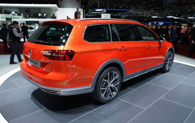 Volkswagen Passat Alltrack-00001