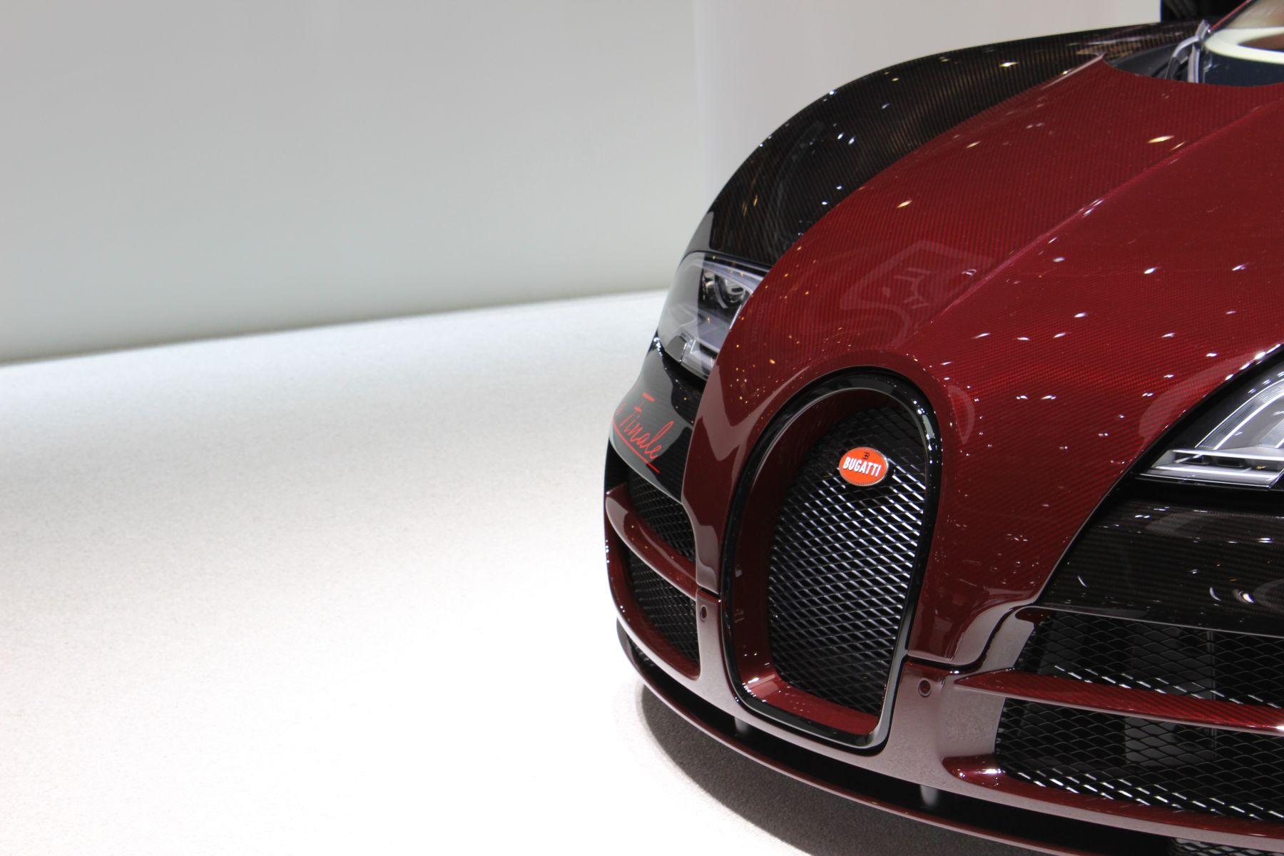 live geneva 2015 bugatti veyron grand sport vitesse la. Black Bedroom Furniture Sets. Home Design Ideas