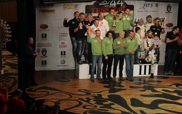 Clasament pe echipe: BCR Leasing Rally Team  - Napoca Rally Academy - Sibiu Racing Team (de la stânga la dreapta)