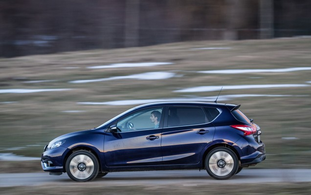 Comparativ Mazda3 vs Nissan Pulsar (16)