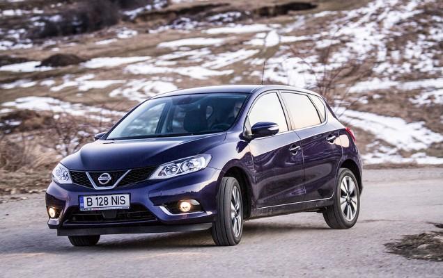 Comparativ Mazda3 vs Nissan Pulsar (29)