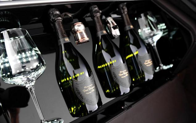 Aston Martin Milano Rapide S Dom Perignon (13)