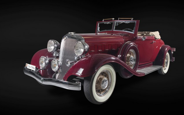 Chrysler_Imperial_1933_Tiriac Collection