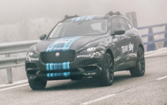 Jaguar-F-Pace-003