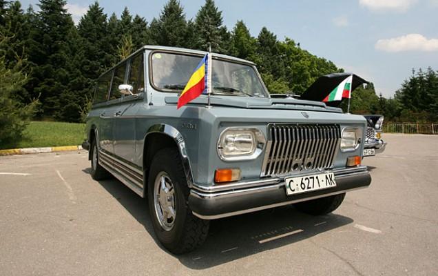 Probabil cel mai bine păstrat ARO 304, înmatriculat în Sofia.