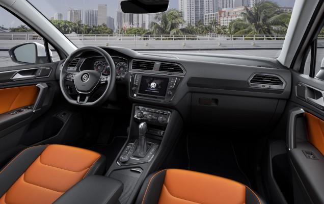 interior VW Toguan