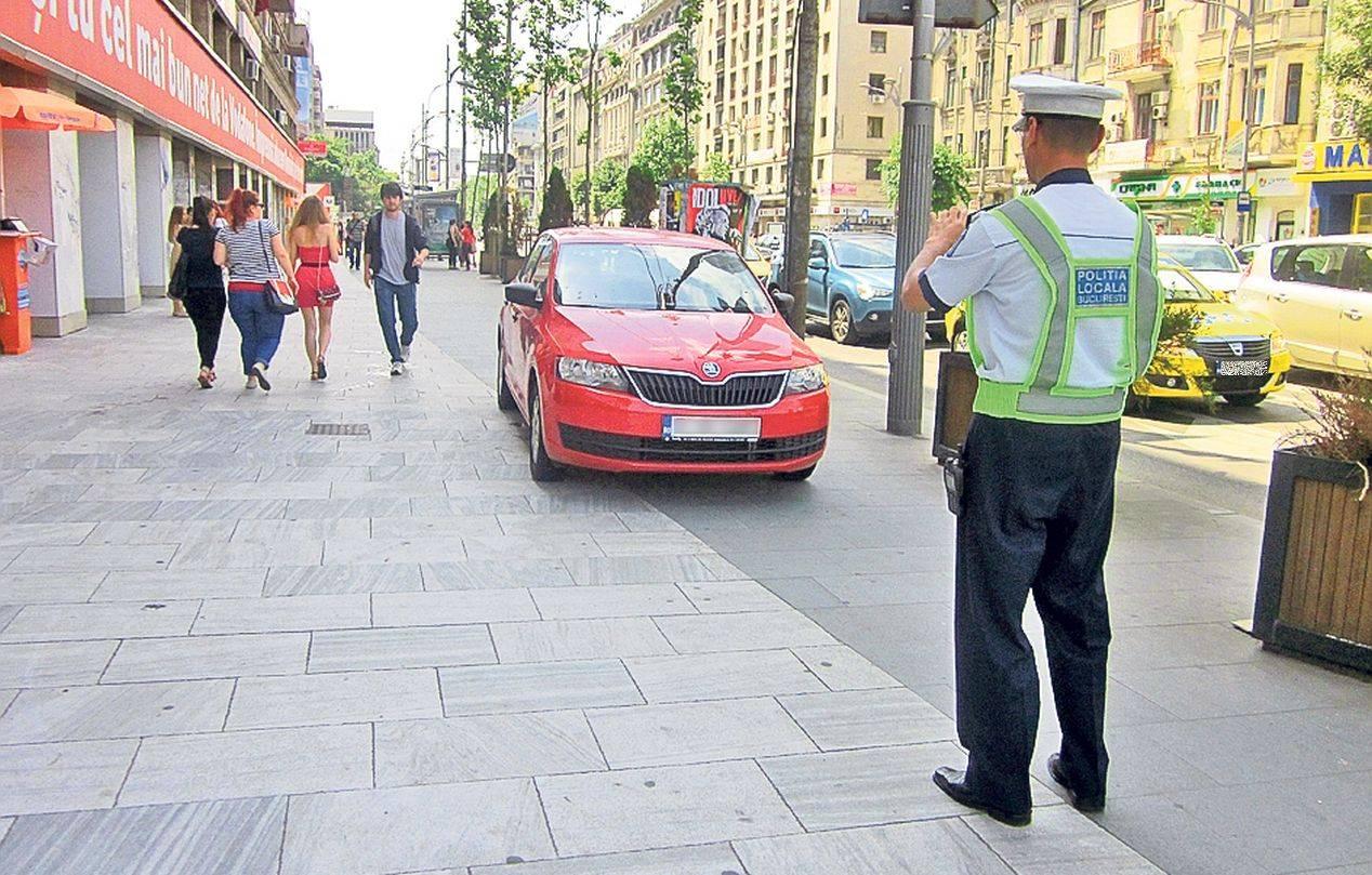 Imagini pentru masina parcata trotuar