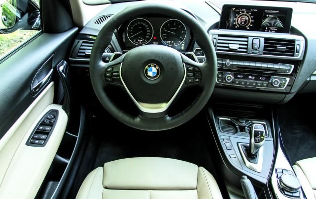BMW Seria 1 - interior