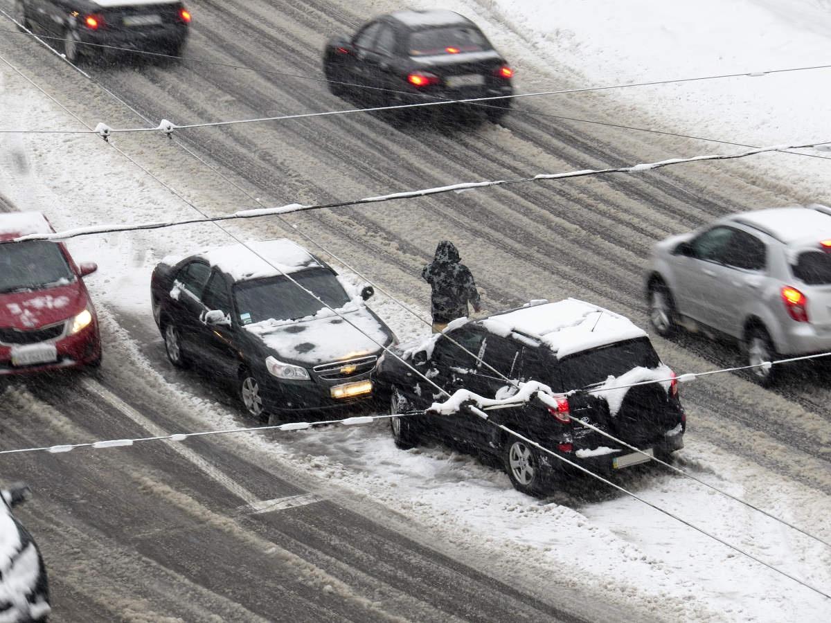 traficul-pe-autostrada-a2-este-blocat-complet-din-cauza-zapezii