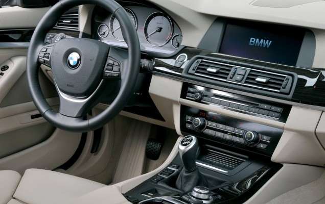 bmw seria 5 touring nobil i bun second hand auto bild. Black Bedroom Furniture Sets. Home Design Ideas