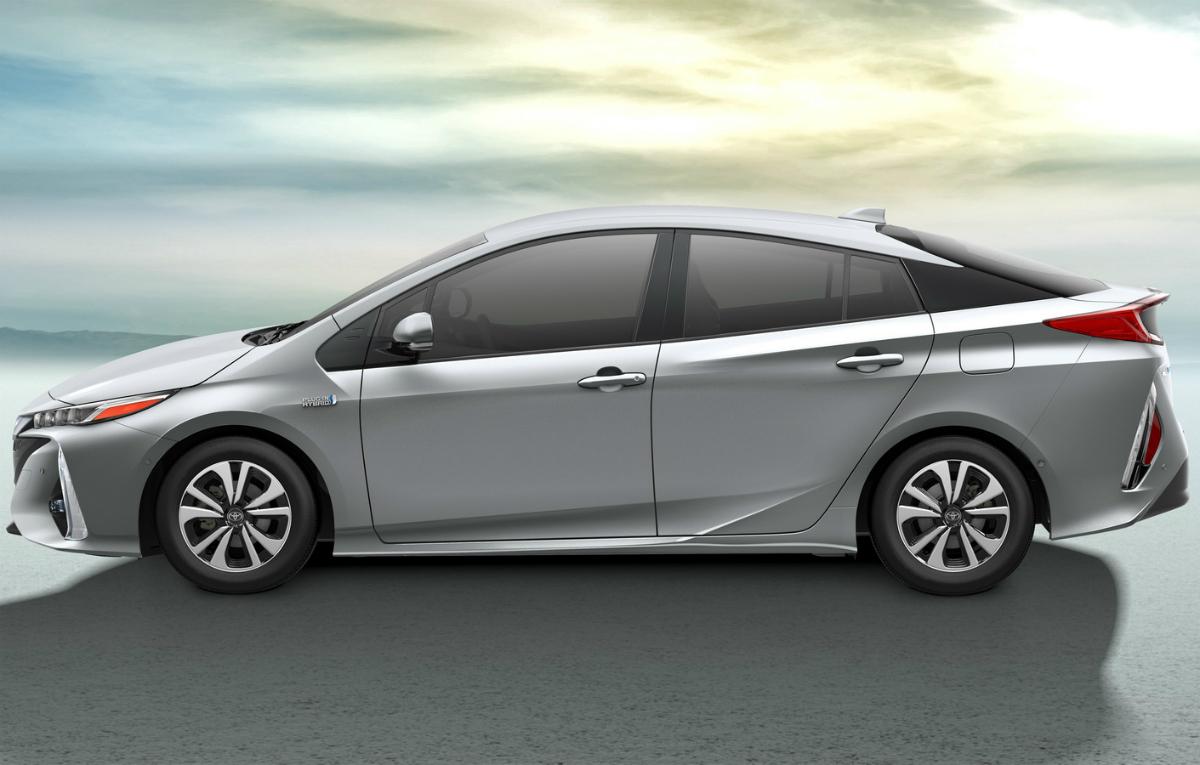 2016 Toyota Prime Plug In New York 6 Auto Bild