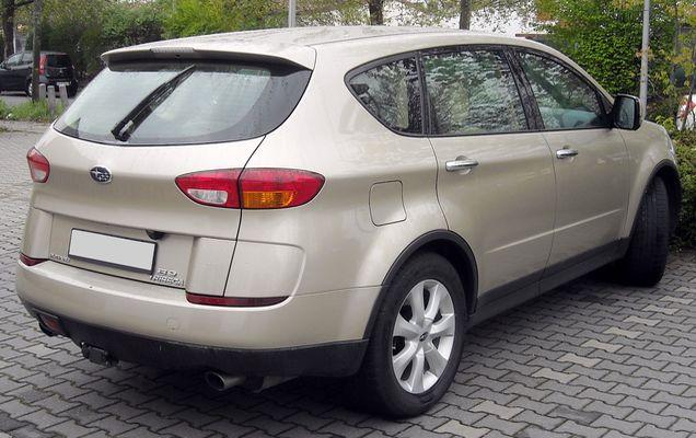 Subaru_Tribeca_rear_20090418