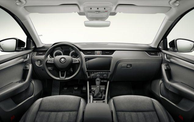 2016-skoda-octavia-facelift-interior-3
