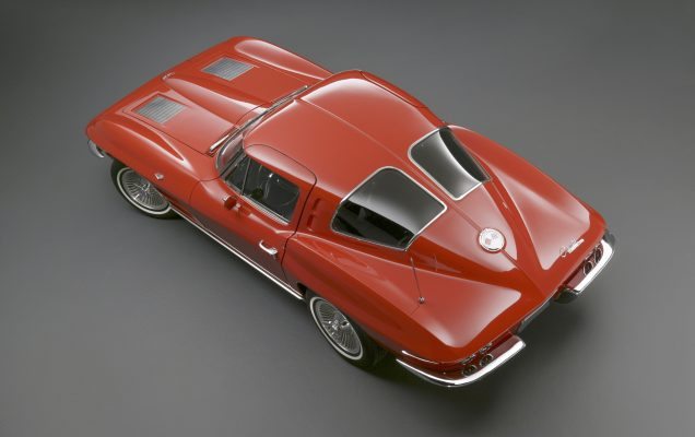 Based on a sports racer penned by GM design chief Bill Mitchell, the exhilarating 1963 Corvette Sting RayÕs breakthrough styling was enhanced by a new chassis and available fuel-injected V-8s.