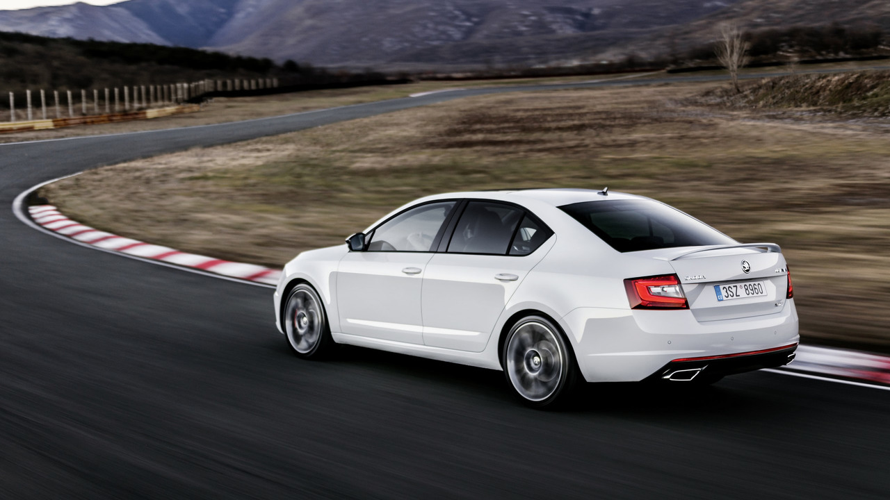 2017-skoda-octavia-rs-facelift-2