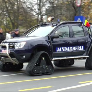 Jandarmeria Română s-a dotat cu modele Dacia Duster pe şenile