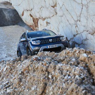 Noua Dacia Duster: SCHIMBAREA ESTE COMPLETĂ