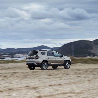 Dacia suspendă temporar producția versiunilor Duster cu transmisie automată