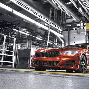 Producţia noului BMW Seria 8 Coupe a început la uzina din Dingolfing