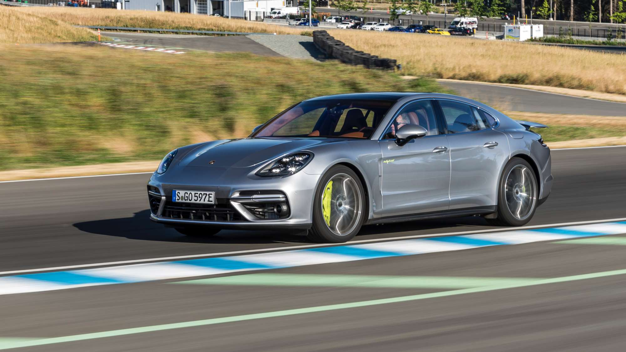 porsche-panamera-turbo-s-ehybrid-are-deja-i