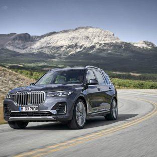 BMW X7 a