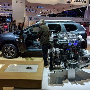 Surpriză! Dacia Duster mai primeşte un nou motor pe benzină TCe. Câţi cai putere are