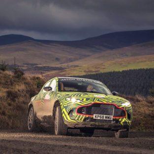 Aston Martin DBX prototip