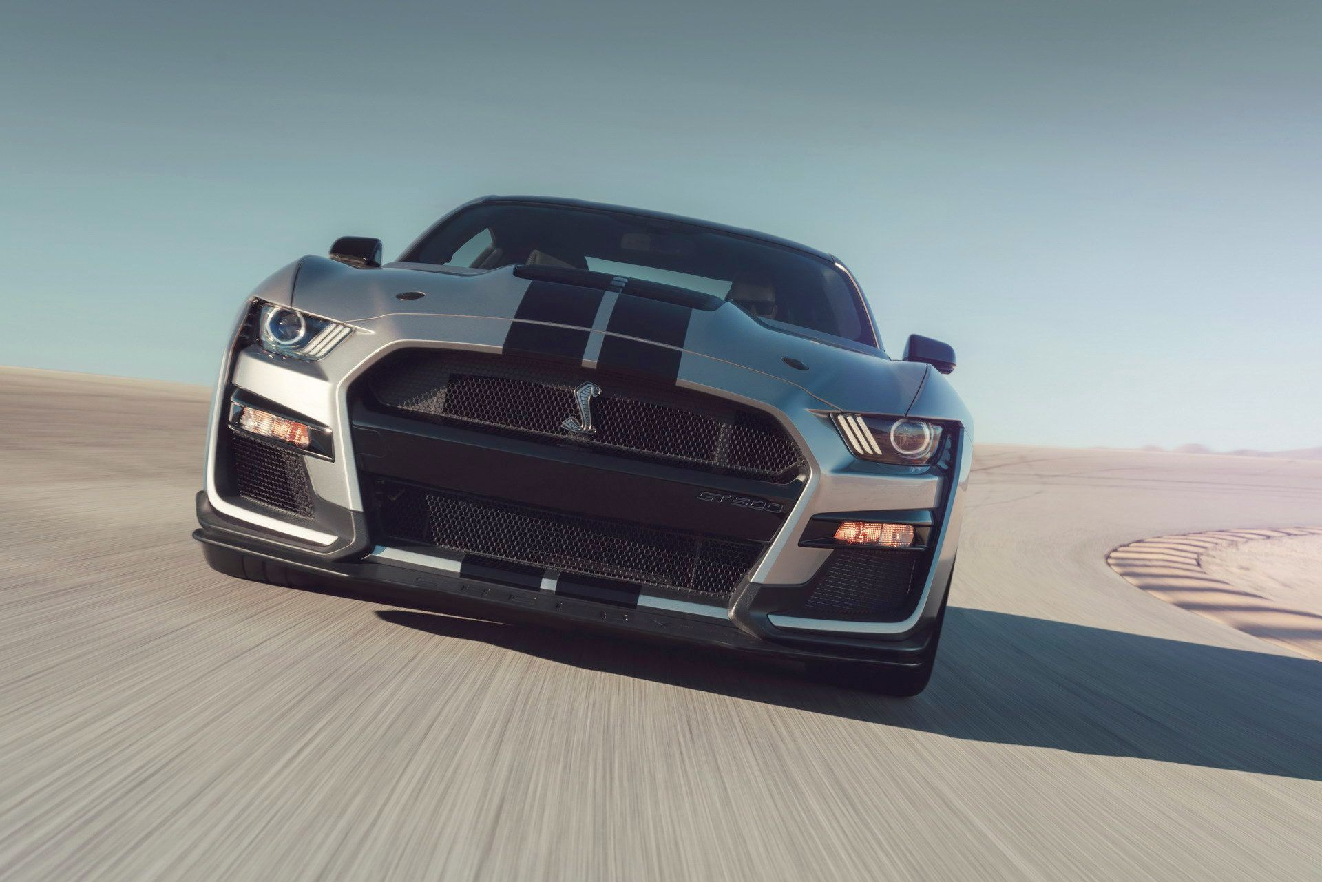 ford-shelby-gt500-cel-mai-puternic-mustang-construit-vreodata