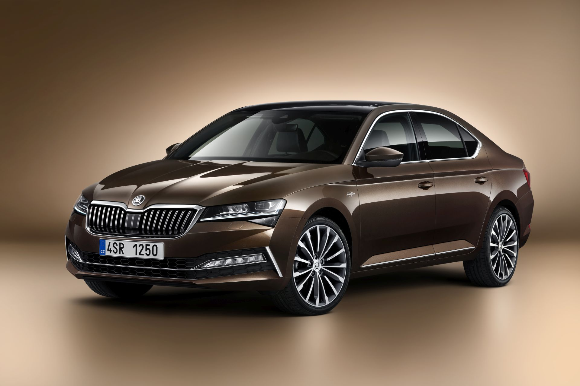 skoda-superb-facelift-informatii-