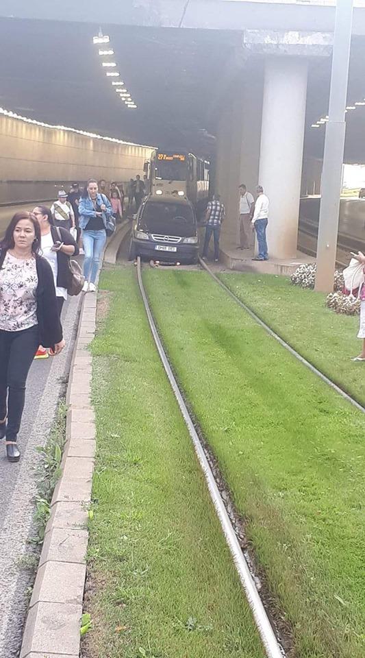 Eroul zilei: a blocat circulaţia în Pasajul Mărăşeşti din Capitală