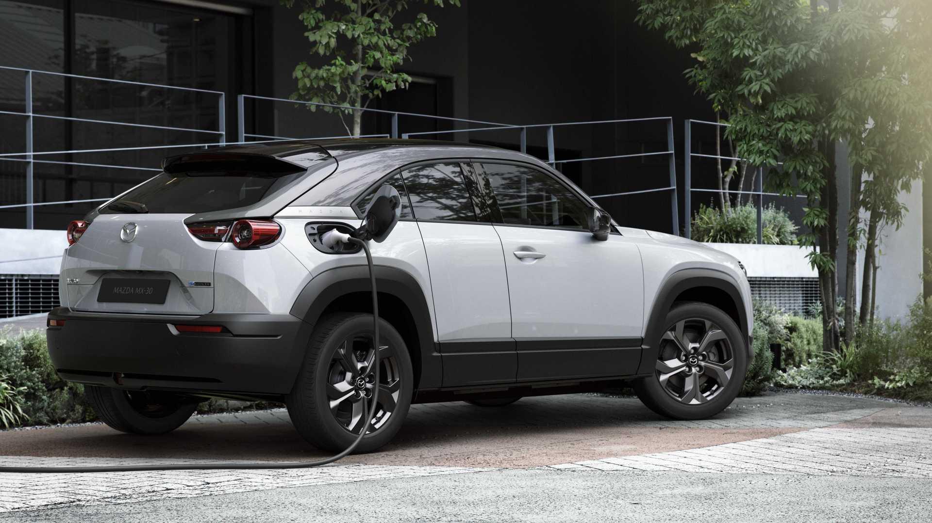 Mazda MX-30 - cât costă în Româna primul model electric al producătorului nipon