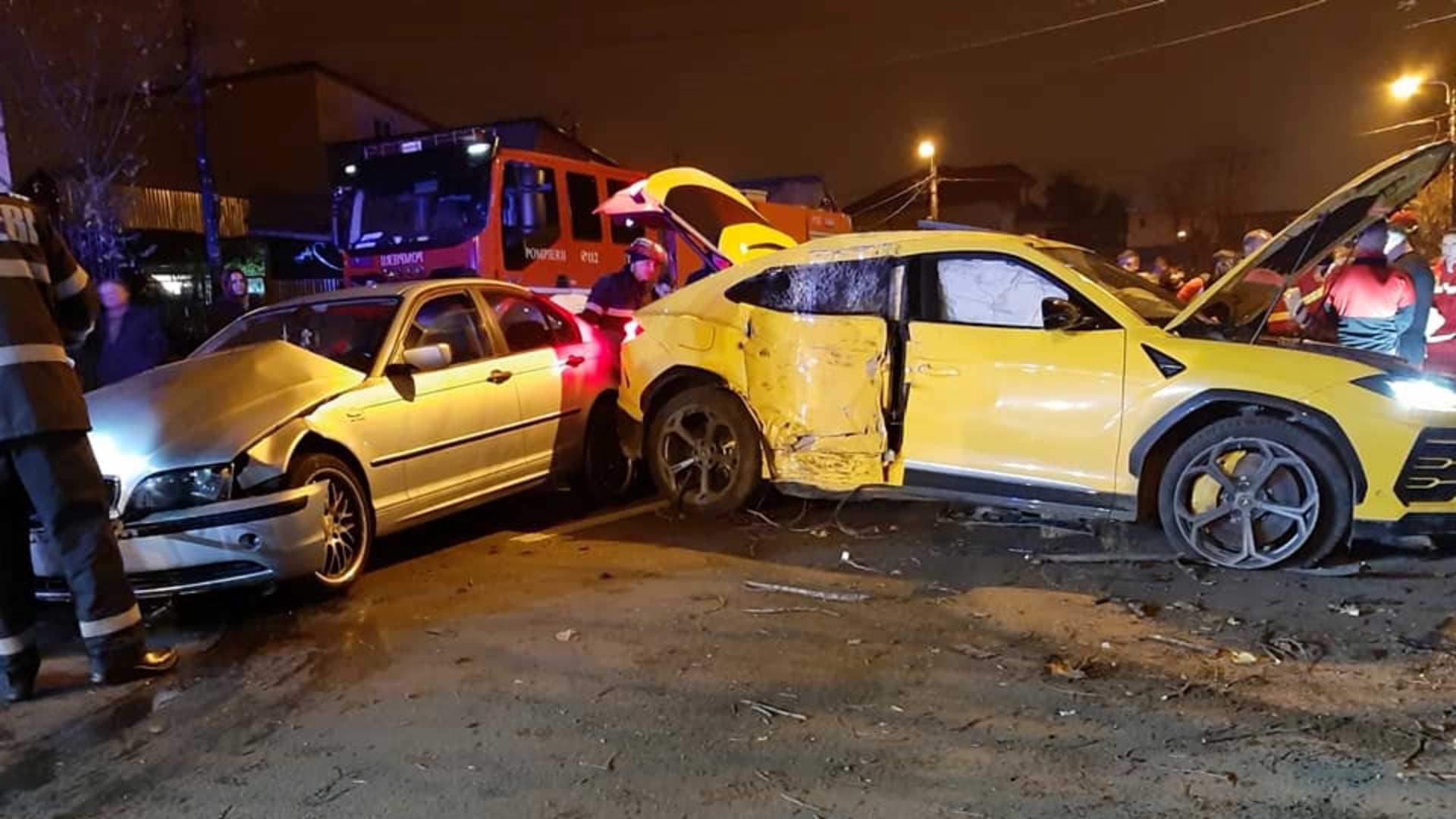 Accident în București! Daună totală pentru un Lambo de peste 200.000 de euro