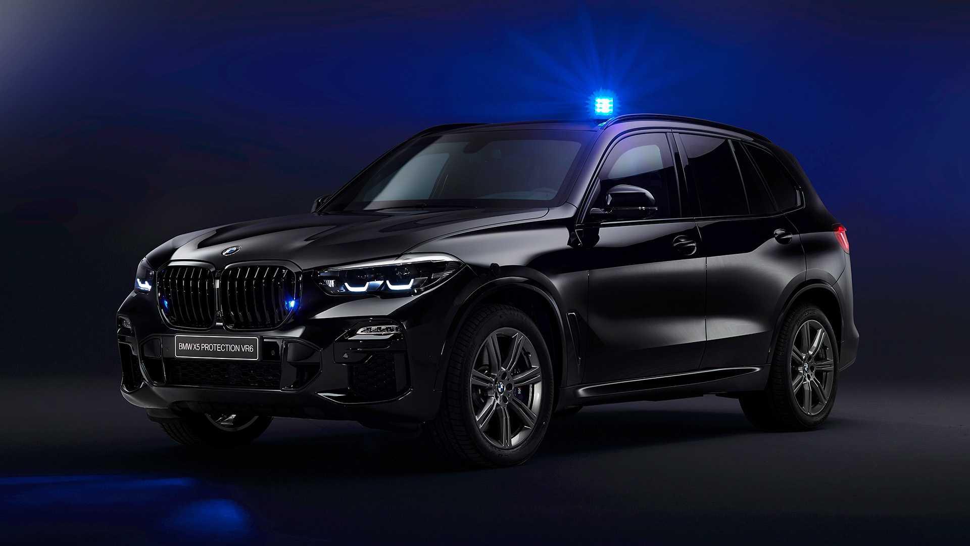 """BMW ironizează Tesla cu X5 Protection VR6: """"te protejează de bile metalice'"""