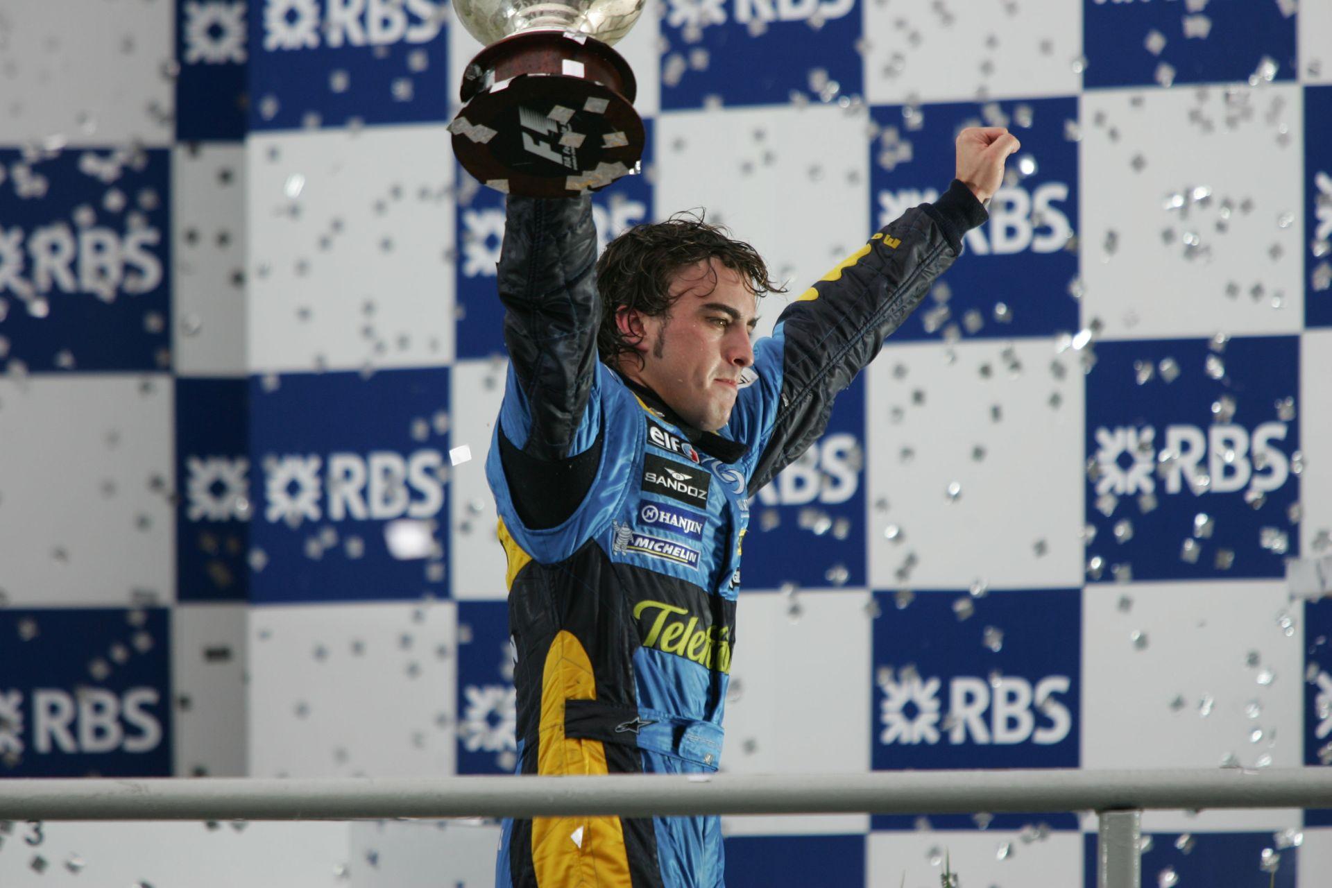 Fernando Alonso va conduce pentru Renault DP World F1 Team din sezonul 2021