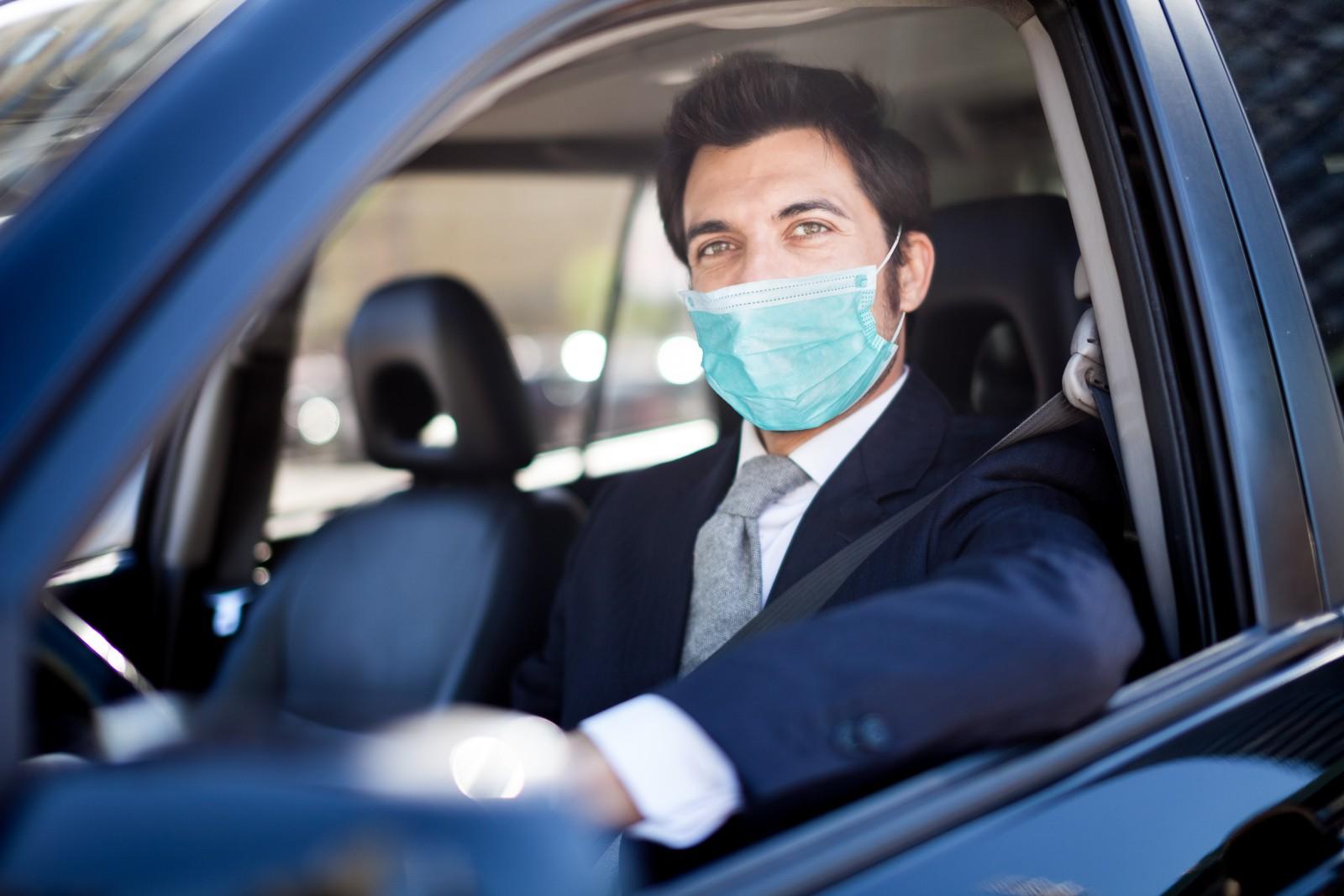 (P) Cum poți proceda pentru a păstra distanța socială în contextul pandemiei de COVID-19 în caz de accident?