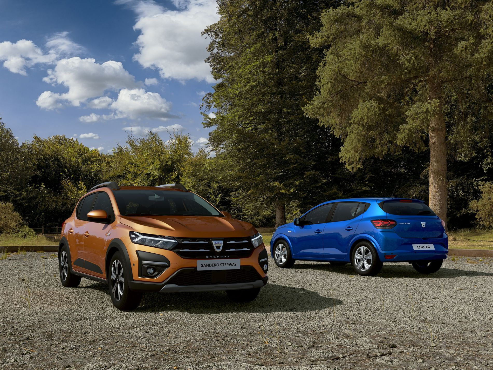 Primele imagini oficiale cu noile modele Dacia Logan, Sandero și Sandero Stepway