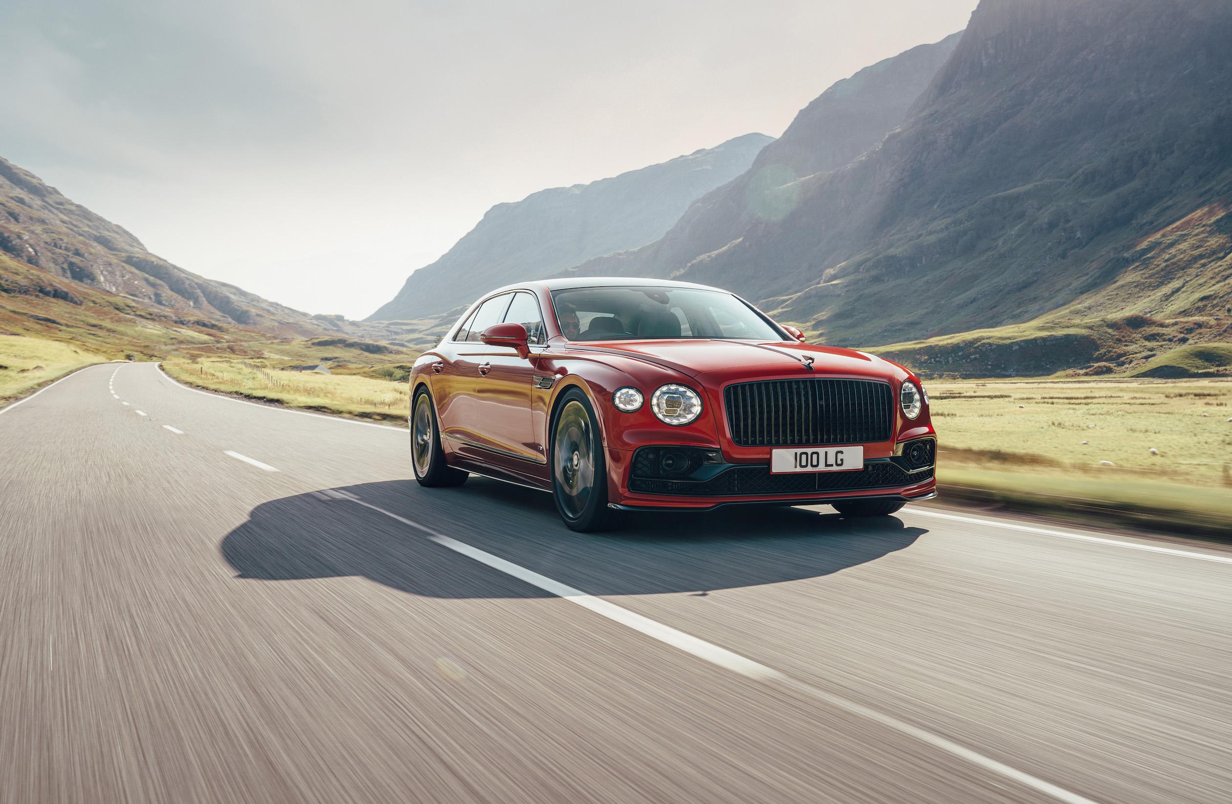 Bentley Flying Spur a primit propulsorul V8 cu 550 CP